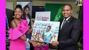 Youth Organisation Lauded For Assistance to Students
