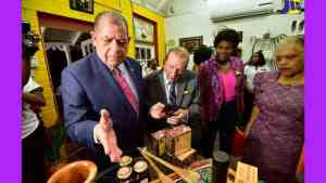 Gift Shops Encouraged to Display Jamaican Made Products