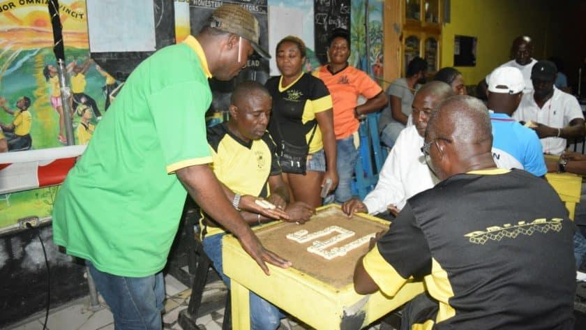 Domino Competition Reaches Quarter Finals