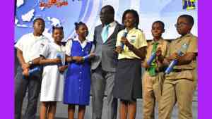 Six GSAT Students Score 100% in All Subject Areas