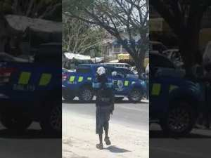 Live Shootout with Police and Gunmen in Spanish Town