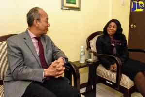 PHOTOS: Minister Chang And The South African High Commissioner