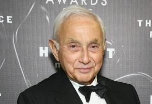 GOP Donor Les Wexner Announces Departure From Republican Party After Obama Visit