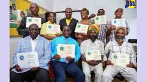 Farmers in South Manchester Receive GLOBALGAP Certification
