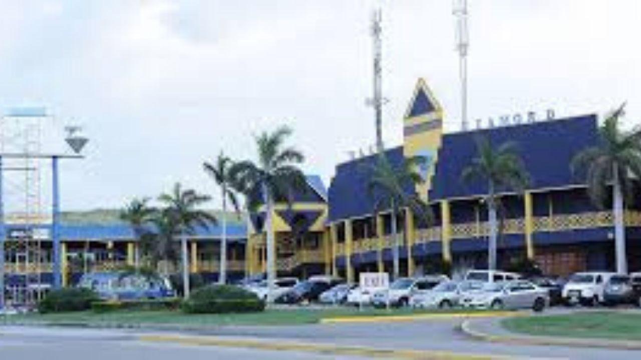 Blue Diamond Shopping Mall