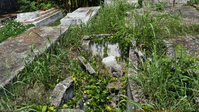 Cracked graves pollute Pye River Cemetery