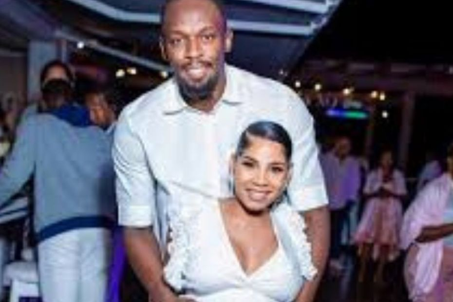 Usain Bolt & Girlfriend Kasi Bennett Turn Up At Birthday Getaway With Friends