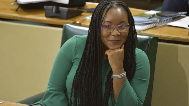 New senator, running for seat in House, sworn in
