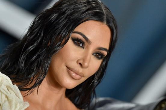 Kim Kardashian to boycott Facebook, Instagram accounts