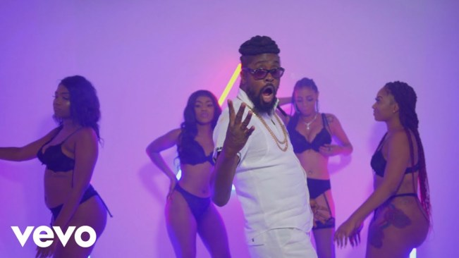 Beenie Man Reaffirms His Relevance With Fiery Music Video For 'So Many Gal'