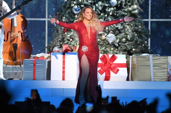 Mariah Carey plans Christmas special on Apple+