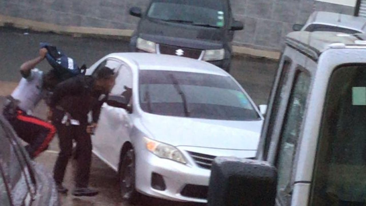 Junction – Robbery but no 'hostage situation'