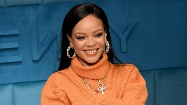 Rihanna injured in electric scooter accident