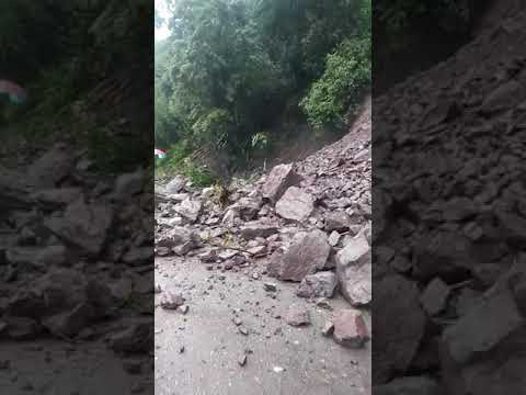 Video: Landslide in Gordon Town