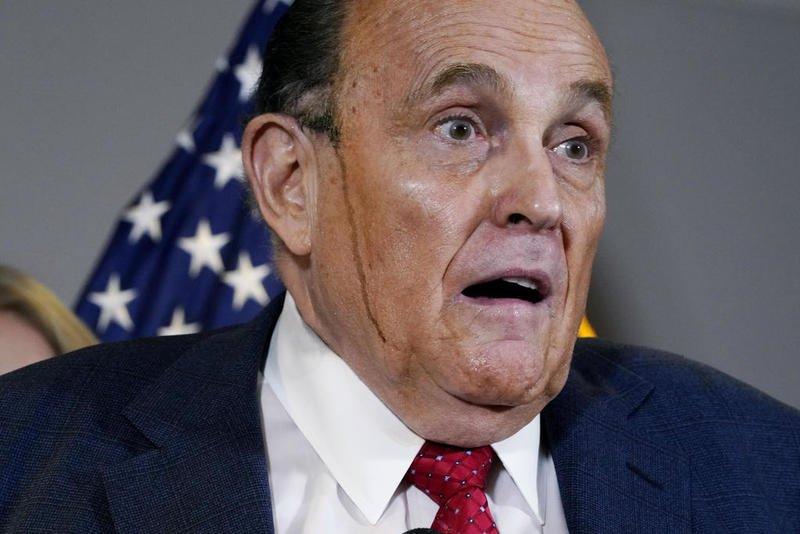 Giuliani Tests Positive for COVID-19
