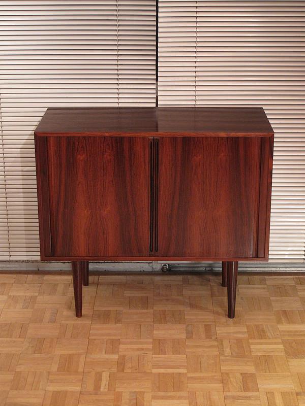 finn juhl chair uk french cross back dining chairs kai kristiansen rosewood cabinet   mcm interiors