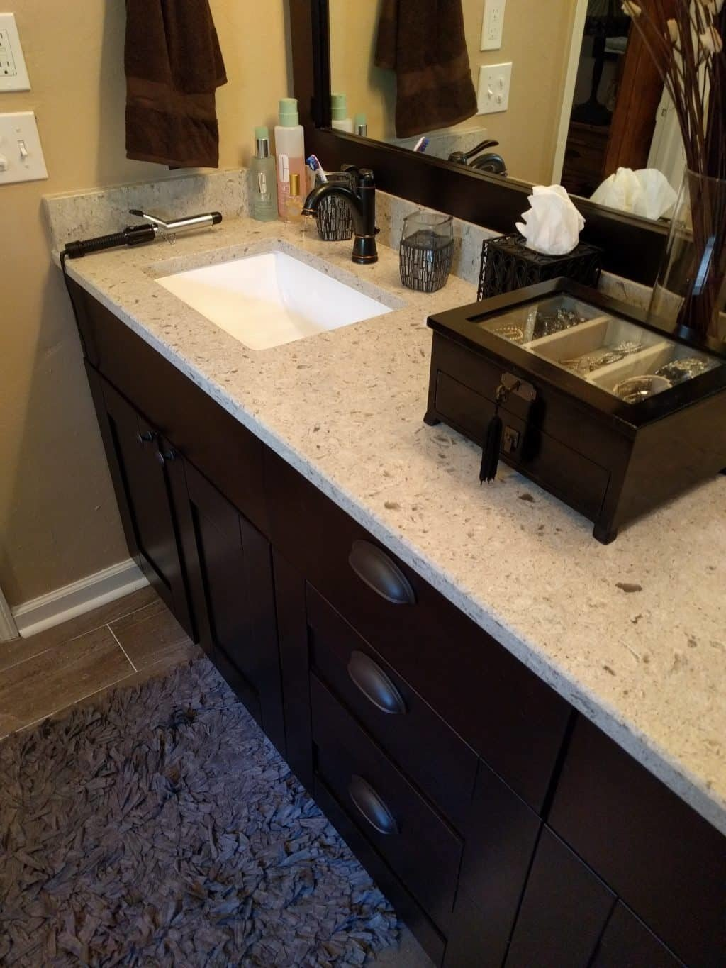 Painting kitchen cabinets remodeling tallahassee mcmanus kitchen - Quartz Counter Top