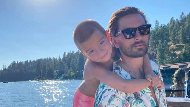 Scott Disick introduces teen girlfriend Amelia Hamlin to kids