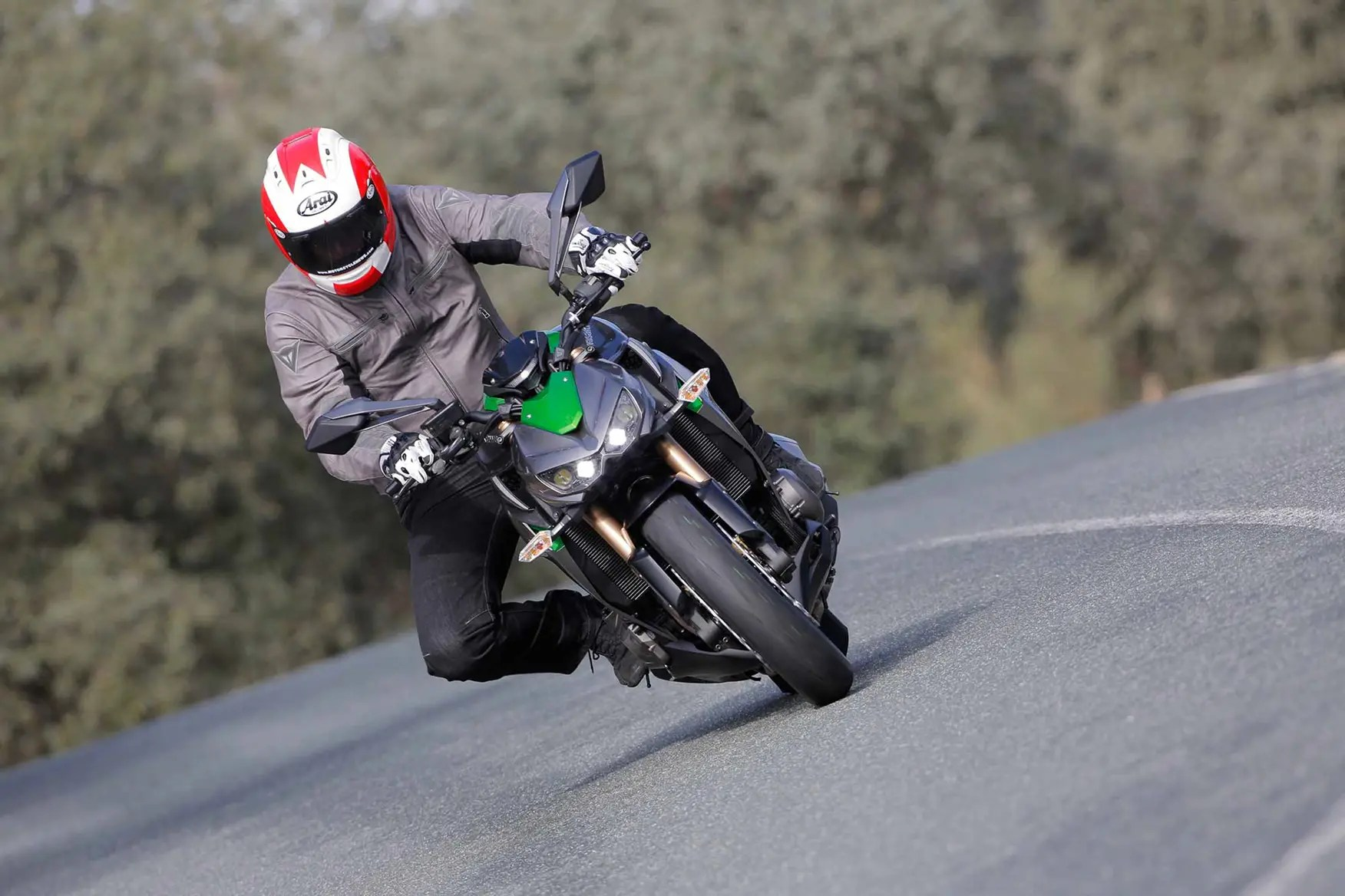hight resolution of kawasaki z1000 2014 on review speed specs prices mcn headlight wiring help motorcycle news forum mcn
