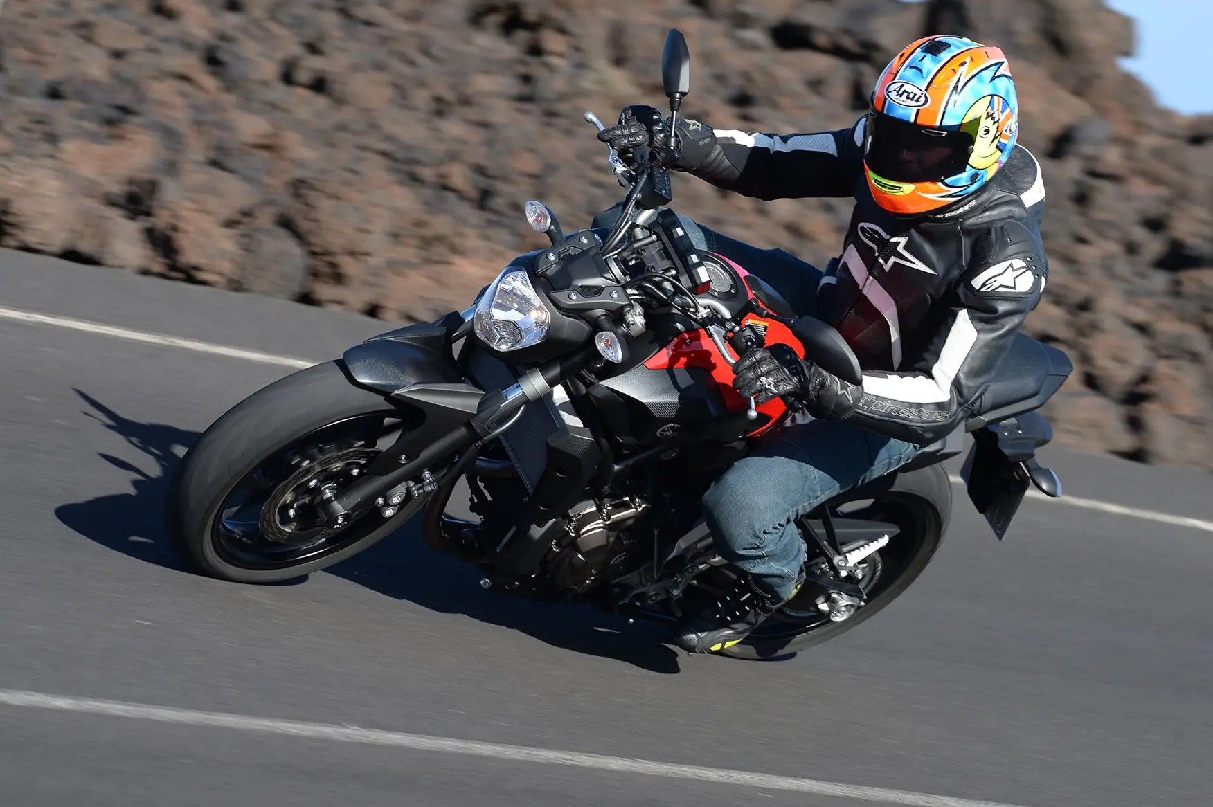 YAMAHA MT-07 (2014-on) Review | Speed. Specs & Prices | MCN