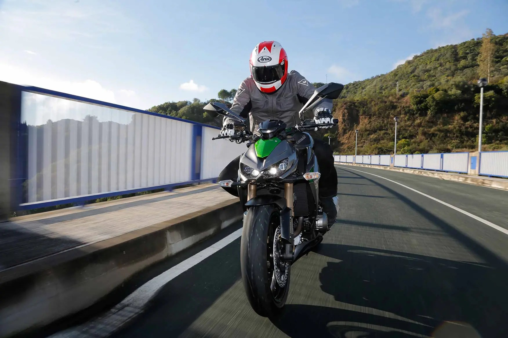 hight resolution of  the kawasaki z1000 is a competent street bike