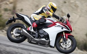 HONDA CBR600F ABS (20112013) Review   Specs & Prices   MCN
