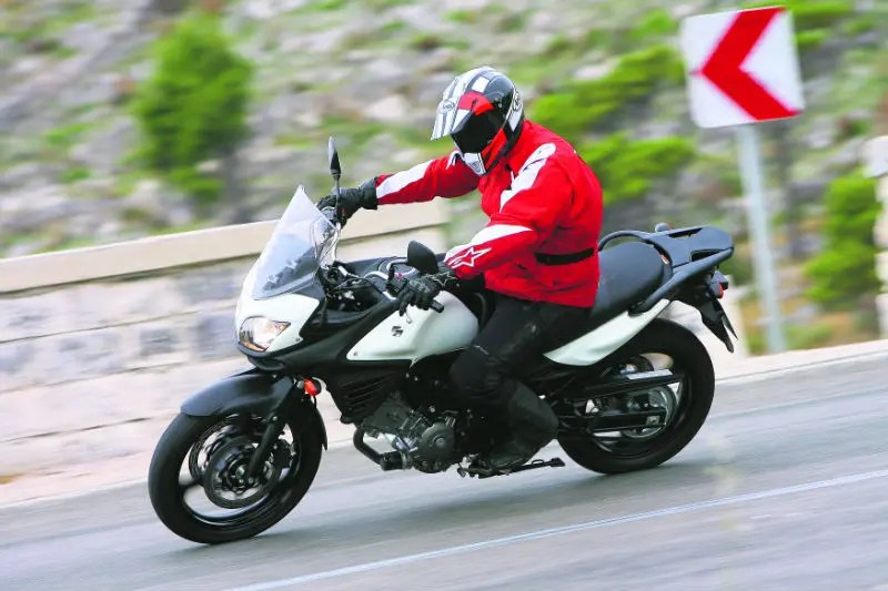 sv650 wiring diagram alarm pir sensor suzuki dl650 v strom abs 2011 on motorcycle review mcn an immensely almost peerlessly versatile package that is simply brilliant value for money