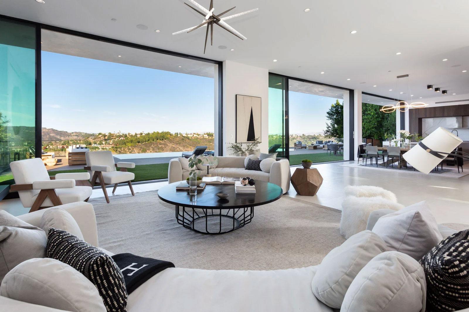 Top 6 Interior Design Trends In 2021   MCoastal