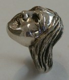 Ring with face: Silver