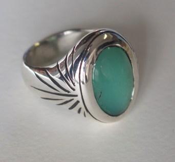 Ring, silver, chrysoprase