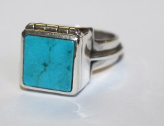 Sky Box Ring: silver, turquoise, paua shell.