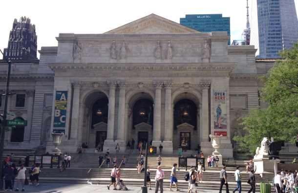 The facade of the main branch of the New York Public Library which is located on 5th Avenue and 41st street. Photo by Madeleine Schwartz.