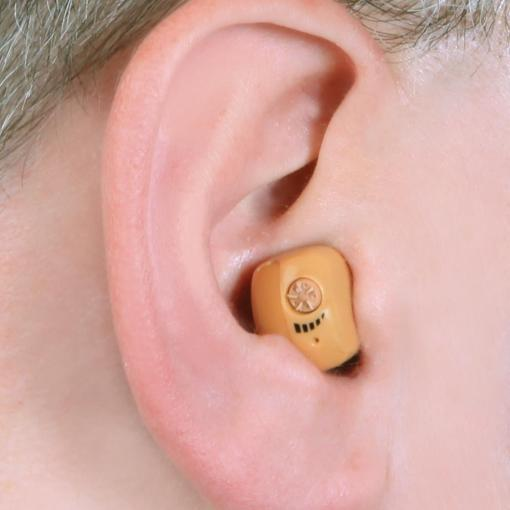 Voice Amplifying Earpiece