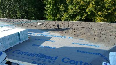 Installing a CertainTeed Presidential TL roof with lead plumbing flashing