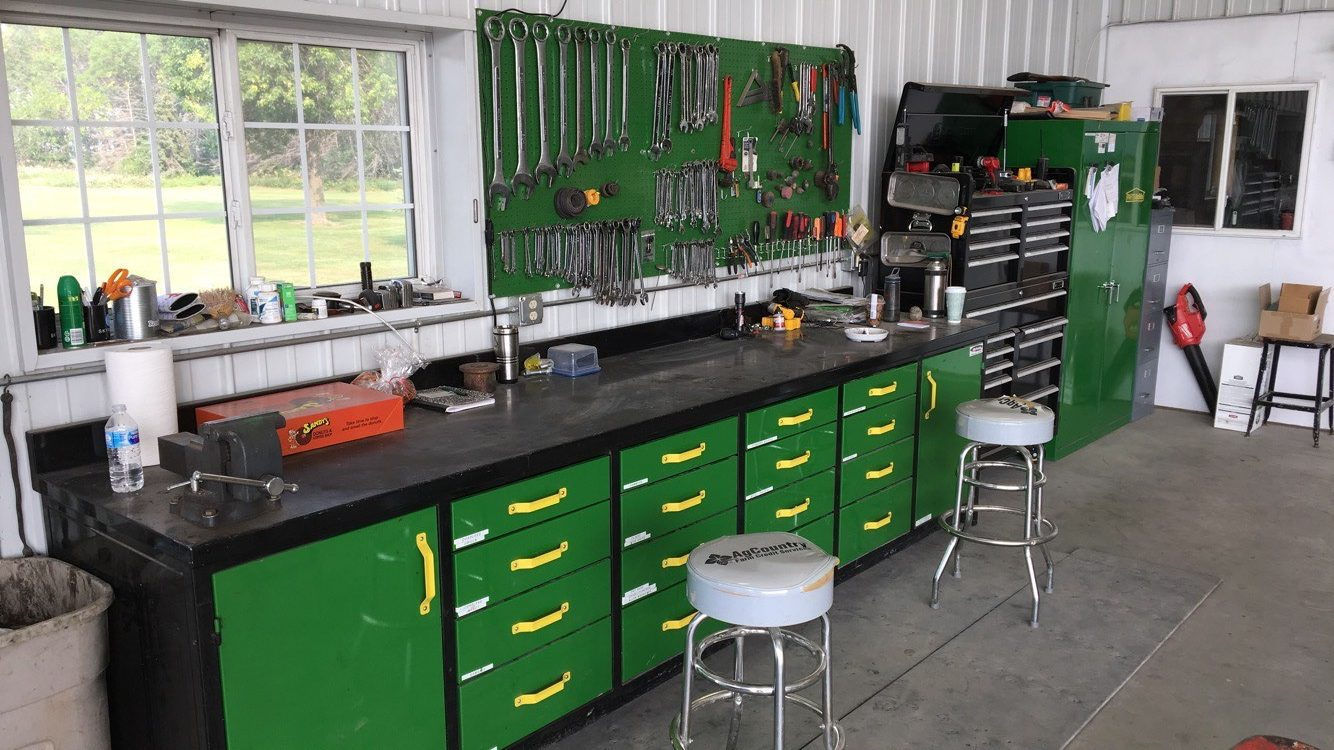 hight resolution of our mechanics workbenches