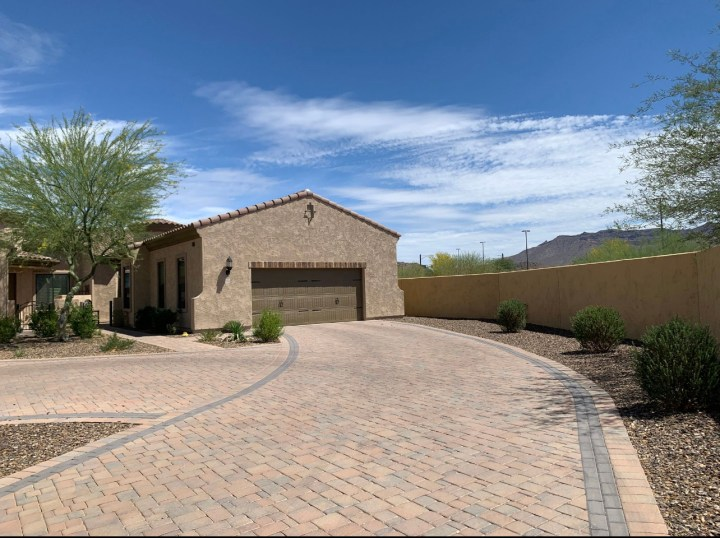 1856 N Red Cliff, Mesa AZ 85207 wholesale property listing for sale