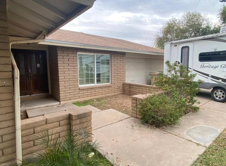 4311 W Las Palmaritas Drive, Glendale AZ 85302 Wholesale Property Listing for Sale