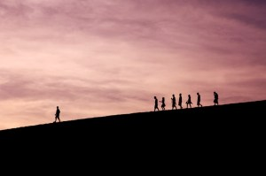 leadership when hiking (Image unsplash @ jaysung)