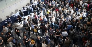 how to be a good networker at in crowds