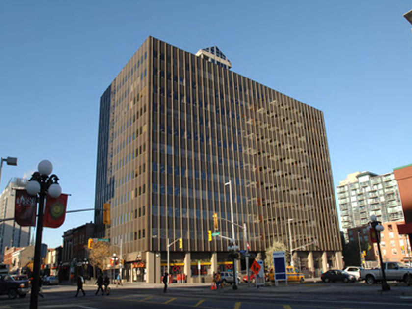 400 Cumberland Street building photo