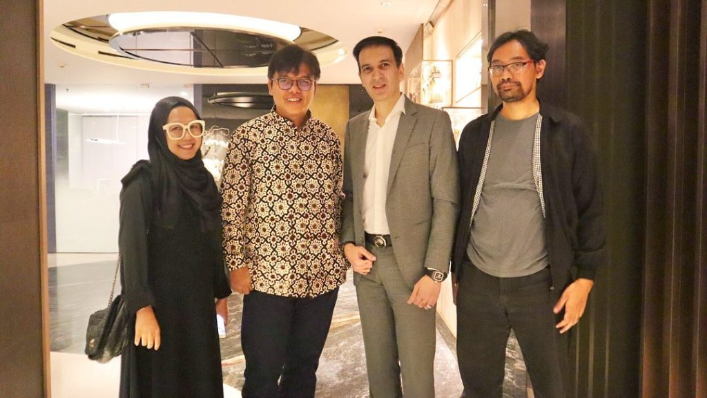 "Diskusi project yang ditunggu-tunggu ""Boys Beyond The Light"" Manoj Punjabi Produser Film Indonesia"