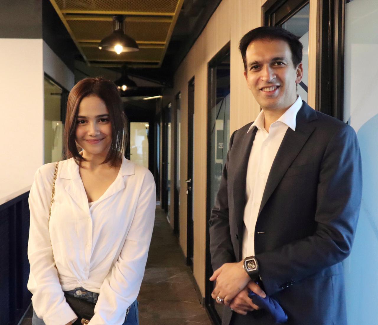 Kasih bocoran trailer 'Kisah Untuk Geri' ke Syifa Hadju Alias Dinda
