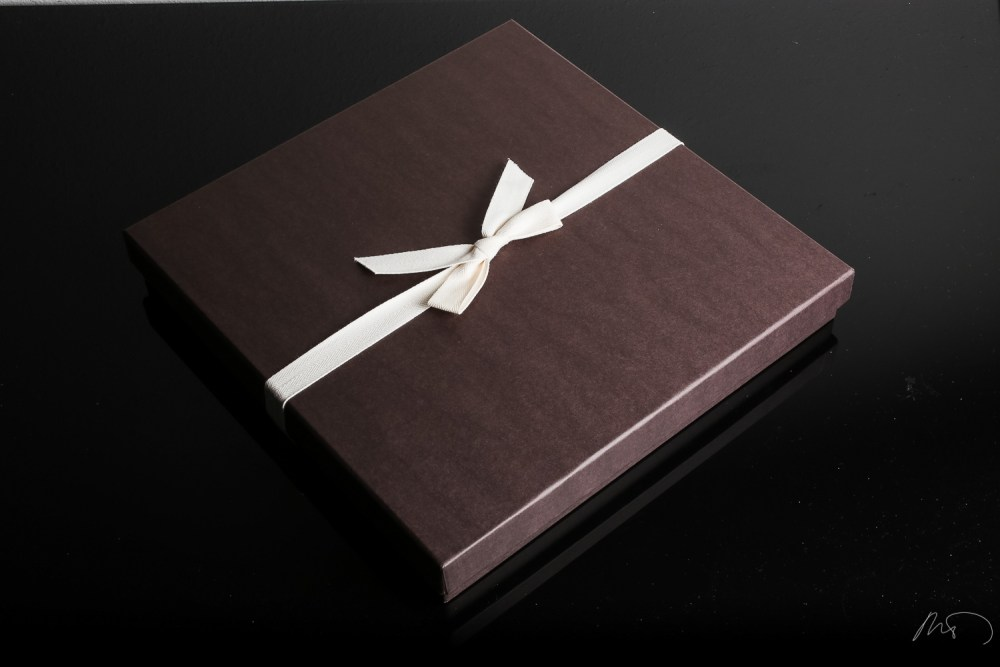 Wedding Product Photography - Custom CD Cover and Wedding Album with Keepsake Box and Boutique Bag (1/6)