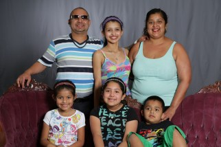 Mothers_Day_Family_Portrait_Day_at_Corpus_Christi_Museum_of_Science_and_History-24