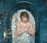158px-Taylor_Swift_-_Look_What_You_Made_Me_Do_(music_video_screenshot) - small
