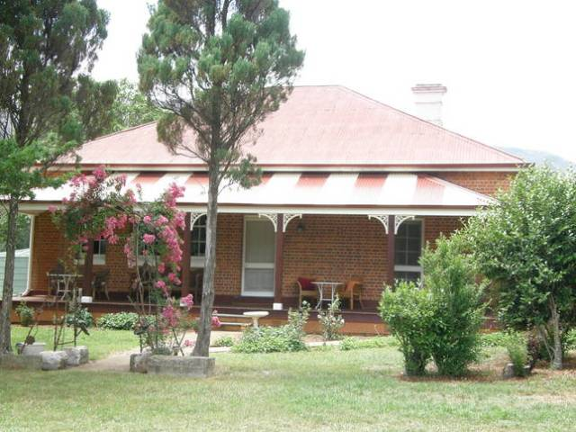 The historic Old Courthouse of Araluen was built in 1886