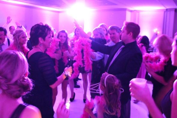 Belvedere Banquet Wedding MDM handing out boas