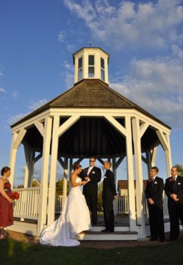 The Byron Colby Barn Rustic Chic Wedding Venue Gazebo