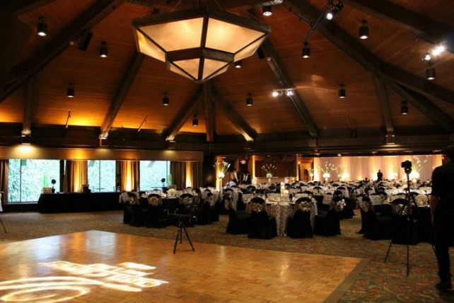Hilton Chicago/ Indian Lake Resort Rustic Chic Wedding Venue Dance floor