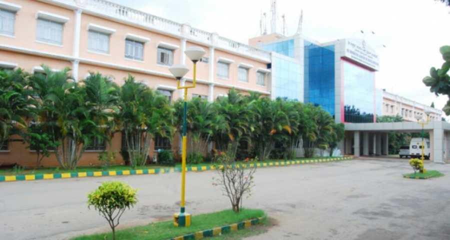SiddharthaMedical College tumkur